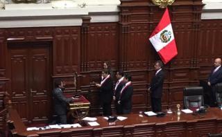 """Parlamentario andino juró por """"Perú con Keiko en bicentenario"""""""