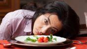 Los 9 hábitos que no te están permitiendo bajar de peso