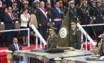 """PPK bailó """"Valicha"""" durante el desfile militar [VIDEO]"""
