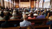 Emotiva misa en honor al cura asesinado en Francia [FOTOS]