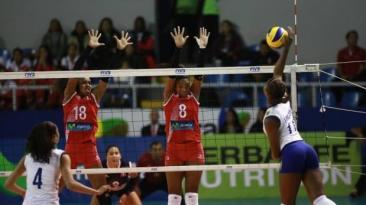 Perú perdió 3-1 ante Brasil y quedó eliminado de Sudamericano