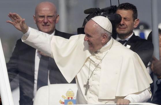 La colorida despedida del papa Francisco en su viaje a Polonia