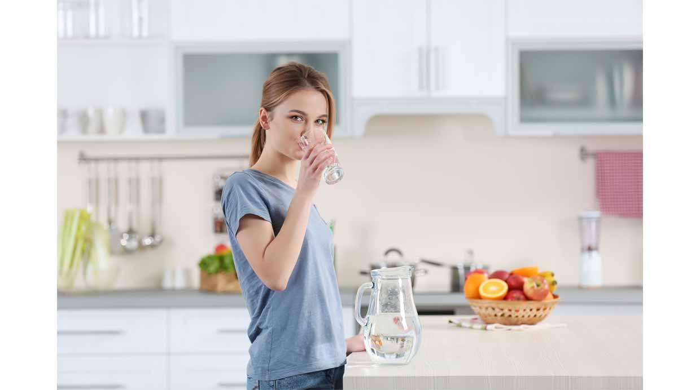 Descubre por qué nos da sed después de comer 1516ef6cb1fb