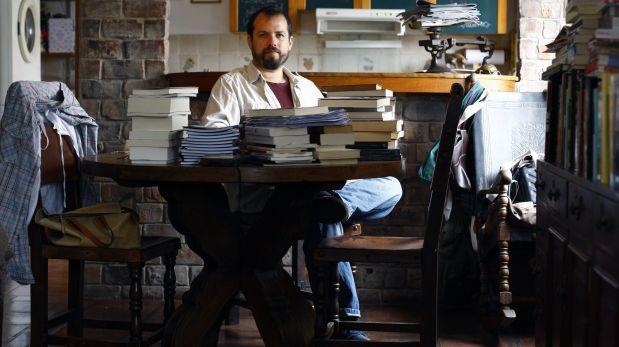 LIMA, 9 DE ABRIL DEL 2014EL PERIODISTA Y  POETA PERUANO JERONIMO PIMENTEL.FOTO: PAUL VALLEJOS / EL COMERCIO