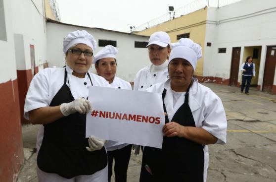#NiUnaMenos: ministra Pérez Tello e internas se unieron a causa