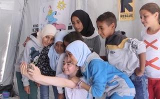 """El encuentro del elenco de """"Game of Thrones"""" con los refugiados"""