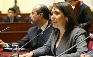 Yeni Vilcatoma pide que Ollanta Humala sea citado al Congreso