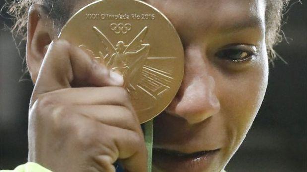La yudoca Rafael Silva es parte de contingente de atletas empleados por el ejército brasileño. (Foto: BBC)