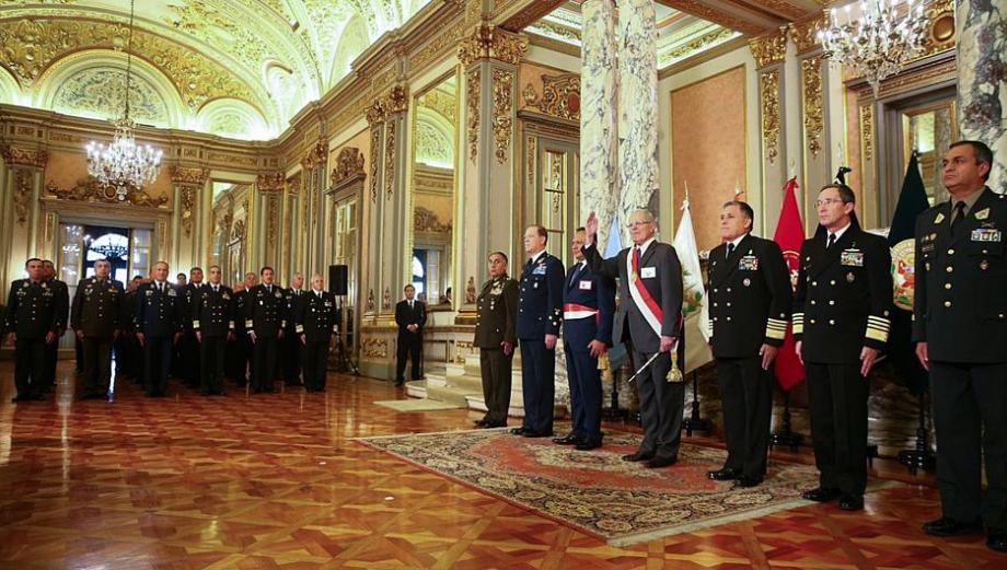 PPK fue reconocido como jefe supremo de las FF.AA. y la Policía