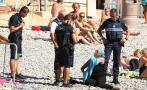 """Francia: Así se multa el uso del """"burkini"""" en Niza [FOTOS]"""