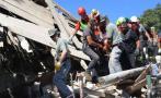 Italia: Rescatan a niña que estuvo 16 horas bajo los escombros
