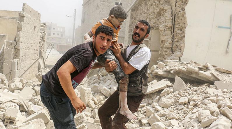 Bombardeos sobre Alepo, Siria, han dejado al menos 13 civiles muertos el jueves y decenas de heridos en barrios bajo el control del Gobierno de Bashar al Asad y la oposición. (Foto: AFP)