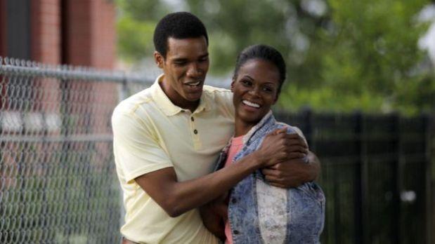 Los actores Parker Sawyers y Tika Sumpter interpretan a Barack y Michelle Obama en Southside With You. (Foto: AP)