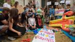 Convirtieron embajada en una playa para protestar por burkini - Noticias de la arena