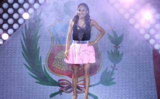 """""""El gran show"""": Gladys Tejeda bailó en el programa de Gisela"""