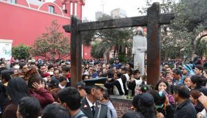 Santa Rosa de Lima: miles visitan el convento [FOTOS y VIDEO]
