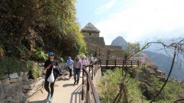 Habilitan nueva vía de salida para visitantes de Machu Picchu