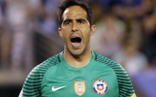 Claudio Bravo estalló por críticas a su ausencia con Chile