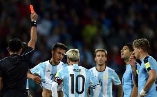 Lionel Messi: ¿Qué le dijo a Dybala luego de ser expulsado?