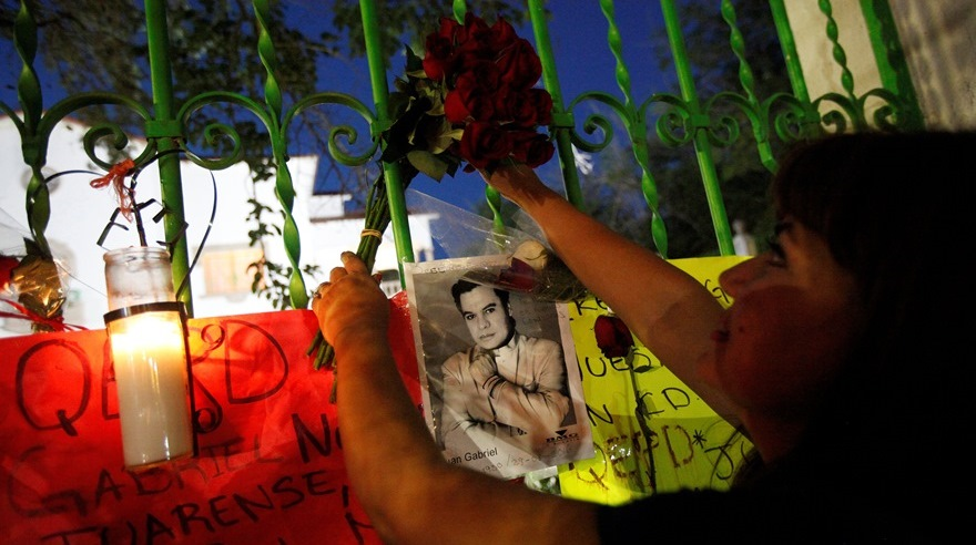 Llegan las cenizas de Juan Gabriel a México