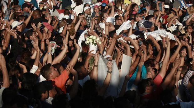 Así llegaron sus cenizas para el homenaje [FOTOS — Juan Gabriel