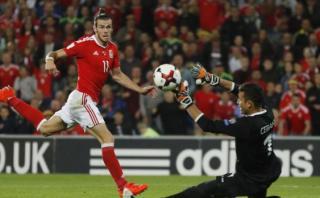 Gales ganó 4-0 a Moldavia con doblete de Bale por Eliminatorias