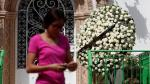 Luis Miguel despidió con 300 rosas blancas a Juan Gabriel - Noticias de no culpes a la noche