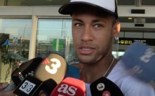 Neymar retornó a Barcelona y espera debutar este fin de semana