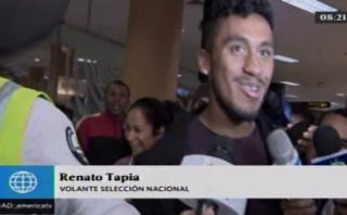 Renato Tapia partió a Holanda en medio del cariño de hinchas