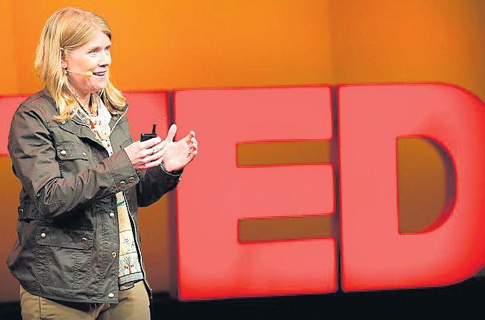Sarah Parcak (EE.UU.) tiene 37 años y ha localizado más de tres mil sitios arqueológicos con imágenes satelitales. Ella ganó el Premio TED de este año. (TED)