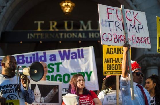Washington: Rechazan apertura de Hotel Trump [FOTOS Y VIDEO]