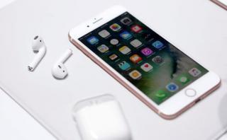 Conoce los tipos de audífonos que podrás usar con el  iPhone 7