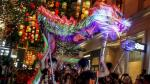 """Hong Kong realiza tradicional """"danza del dragón de fuego"""" - Noticias de tifon"""