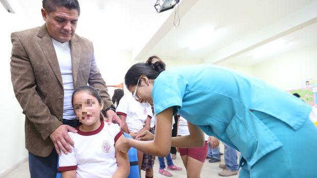 Minsa recomendó vacunar a niñas contra el VPH desde los 9 años