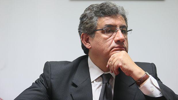 """Juan Sheput: Vilcatoma """"se extralimitó"""" al denunciar a Becerril"""