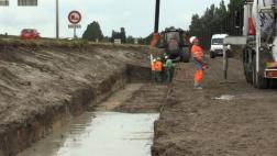 Inicia construcción de muralla migratoria en Calais [VIDEO]