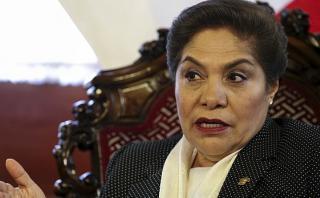 Luz Salgado pide a Nadine que responda sus problemas judiciales