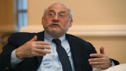 """Joseph Stiglitz: """"Trump no entiende mucho de economía"""""""