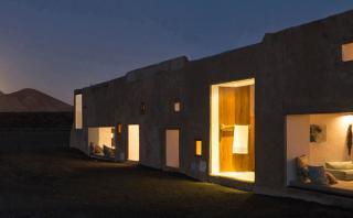 Esta casa de campo de 100 m2 se mezcla con el entorno natural