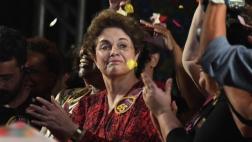 Dilma reaparece tras ser destituida de la presidencia de Brasil