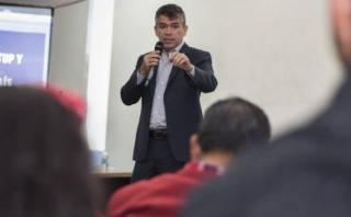 Julio Guzmán cuestiona al fujimorismo por proyecto sobre la UIF
