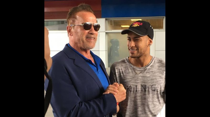 Schwarzenegger presente en el entrenamiento del Barcelona