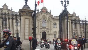 """""""La multitud, la ciudad y el 'kambio'"""", por José Carlos Requena"""