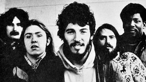 Springsteen en los primeros años de su carrera, con lo integrantes de E Street.(Foto: