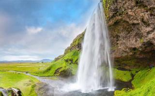 Enamórate de la naturaleza con cascadas más bellas de Europa