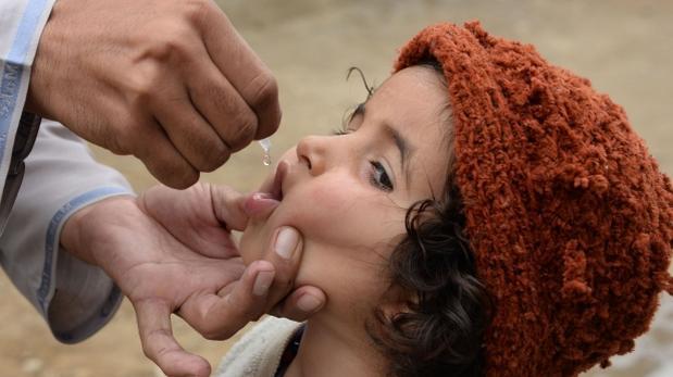 Pakistán: lanzan campaña para vacunar niños contra la polio