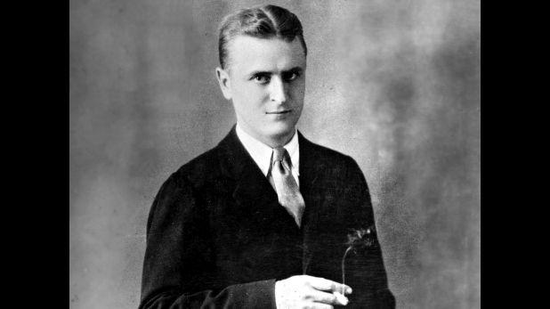 Scott Fitzgerald en un retrato de estudio en 1925. Fue el año en que apareció