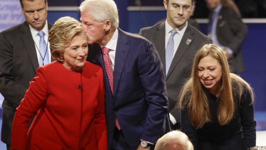 Así vivieron el debate las familias de Clinton y Trump