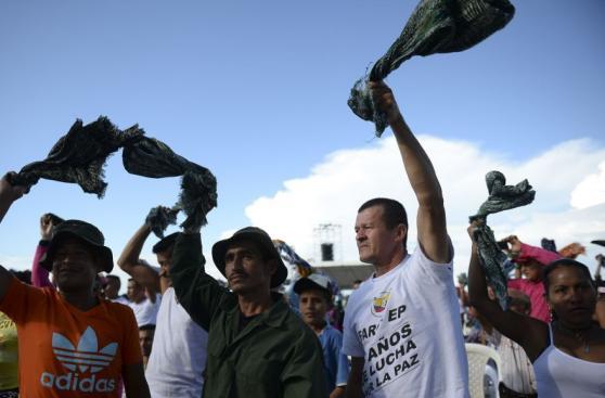 Colombia-FARC: El inédito festejo de miles de guerrilleros