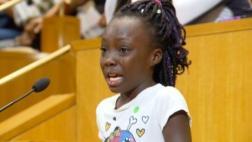 """Niña de EE.UU. llora ante racismo: """"No soporto cómo nos tratan"""""""